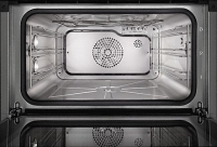 Miele  DGC 7645  Nerez CleanSteel  - Nerezový ohřevný prostor s povrchem PerfectClean