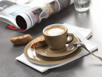 Miele  CM 6360 MilkPerfection  Obsidian černá Bronzová PearlFinish  - Espresso Macchiato