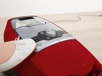 Miele Blizzard CX1 Red PowerLine - SKRF3  Mangově červená  - Komfortní navíjení kabelu stisknutím tlačítka